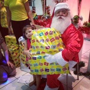 Sem medo, Laura e o Papai Noel