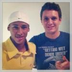HAHAHAHAHAHA Foto apelativa com o Neymar para conseguir mais laiques!!! HAHAHAHA