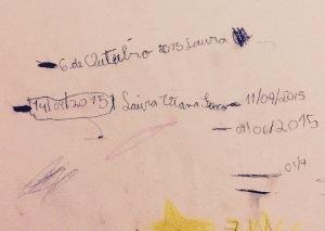 Consegue entender alguma coisa? Essas são as marquinhas da parede da Laura. Conversamos em Setembro. Olha lá: dia 14 logo depois do dia 11. HAHAHA